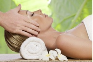 <b>Spa Day - Comano Terme Fuga alle Terme </b>momenti di relax nelle  piscine + massaggio total-body <b>€ 72</b>