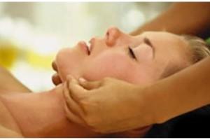 Spa Day viso Comanocare peeling massaggio € 174
