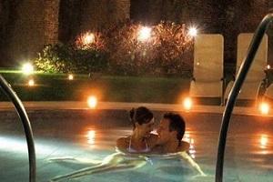 1 Notte – FUGA D'AMORE massaggio Lui-Lei € 161,50